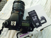 Canon 7D , 27000 shots, like new with box