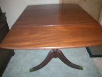Duncan Phyfe Table w/2 leaves