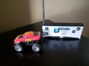 Mini remote control RC car