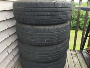Four Michelin 225/65R17 Summer Tires Excellent Tread