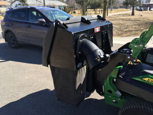 PRICE DROP - John Deere commercial material collection system