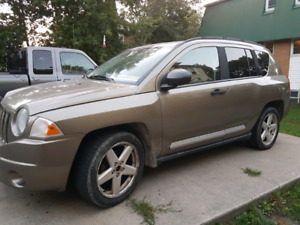2007 Jeep Compass for sale as is.