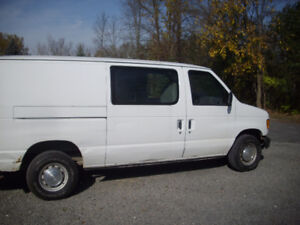2001 Ford E-150 Other