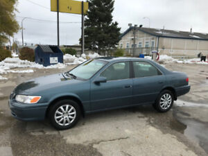 Used 2001 Toyota Camry LE for SALE (NOT SAFETIED)