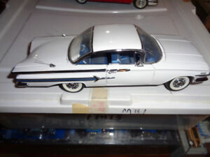 1/24 Diecast Franklin Mint White 1960 Chevy Impala Bubble Top