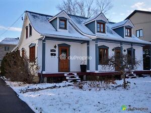 Superbe maison ancestrale sur l'île de Montréal
