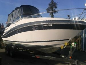 2006 Four Winns 258 Vista, loaded with 262 hours!