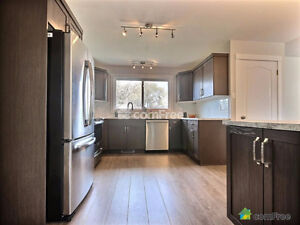 STUNNING PROF RENOVATED HOME WITH LEGAL BASEMENT SUITE - WESTEND