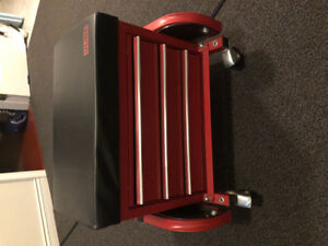 Rolling Tool Chest Seat - Uline H-6065R