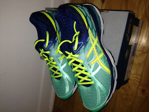 Asics Gel Cumulus 17, New in box. Size 8 Med. to Wide width