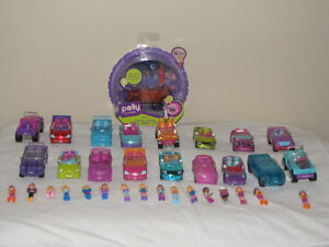 FOR SALE A LOT OF POLLY POCKET CARS WITH POLLY'S - 1 IS NEW