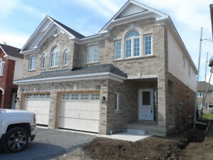 BEAUTIFUL BRAND NEW AJAX 3-BDRM HOME FOR RENT