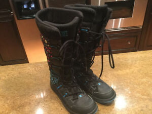 DC Shoes Women's Winter Boots Size 7.5 - Excellent cond