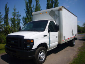 2013 Ford Econoline E-450 Cube Van DUALLY LOW KMS