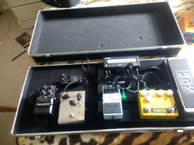 Stagg UPC 688 guitar pedal board and case