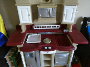 Step 2 Play Kitchen - Good Used Condition