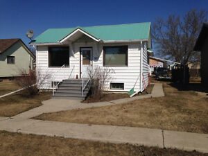 eston sask furnished home for rent in heart of oilpatch.