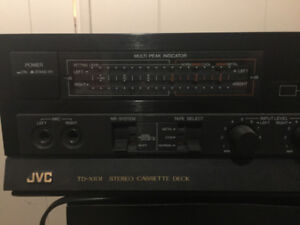 Boss Stereo System: 2 x Tapes, 1 x 5 disc CD, 2 Receivers