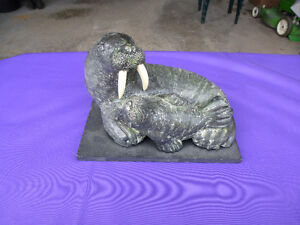 A WOLF ORIGINAL - RARE WALRUS & BABY SCULPTURE Kingston Kingston Area image 1