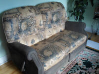 ★CLEAN & BEAUTIFUL SOFA SET IN VERY GOOD CONDITION★