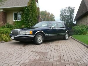1993 Lincoln Town Car Berline