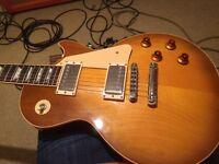Fender Strat (Japan) 87 - Gibson Les Paul 1997