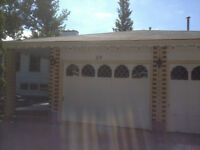 Huge Normanview 1500 Sq Ft Bsmnt Suite w/Grg for Rent