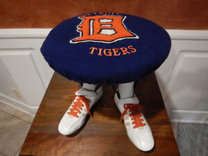 Detroit Tigers - Ultimate Fan FOOTSTOOL   !!!