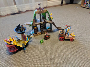 Jake and the Neverland Pirates Toy set - REDUCED