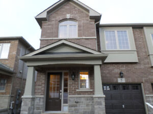 New End Unit Townhome in Grimsby for Rent