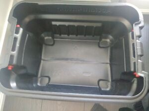 Brand new Rubbermaid Action Packers 30.3L