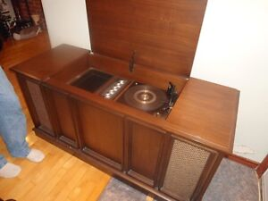 Vintage RCA Cabinet Stereo