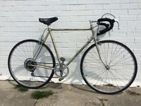 VINTAGE RETRO ROAD RACING BIKE IDEAL STUDENT/COMMUTER