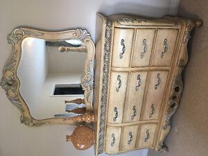Gorgeous Wood Bedroom set