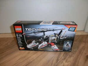 LEGO Technic 42057 Ultralight Helicopter - NEUF