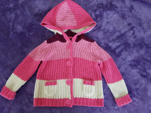 Knitted with hoodie
