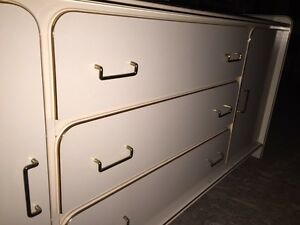 Dresser, mirror and headboard Strathcona County Edmonton Area image 3