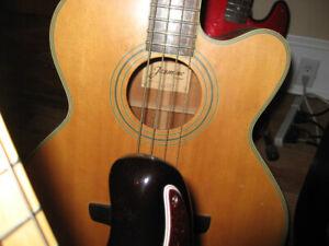 Jasmine CS 100 C-4 bass guitar
