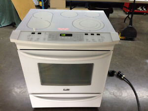 (SOLD PENDING PICKUP)WHITE KENMORE ELITE ELECTRIC STOVE
