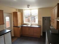 *This is your chance!* Gorgeous double near Plaistow station (Stratford, West Ham, Canning Town)