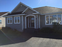 Mount Pearl, Exceptional View – Hot Tub - Privacy – ~2400 Sq Ft