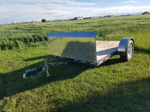 New Mustang flatbed trailer