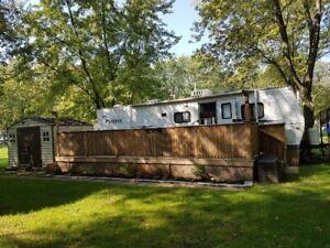 2007 Pioneer Fleetwood 32ft trailer for sale !