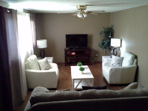 PRICE REDUCED! 3 Suite, Up/Down duplex, Beautiful Renovations!! Regina Regina Area image 3