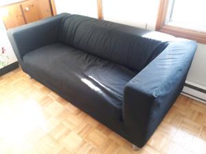 Divan klippan (Ikea) cherche une nouvelle maison
