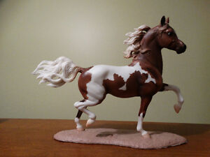 Breyer horses - Huckleberry Bey molds
