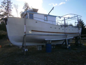 36 ft. fiberglass fish boat gm diesel powered