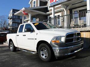 2012 Dodge Ram 1500 ST / 5.7L Hemi / 4x4 / Automatic