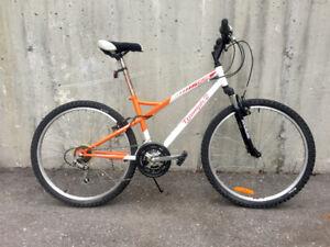 Orange-n-white hardtail woman fitness bike LIKE NEW TUNED!