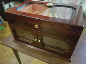Beautiful cigar humidor great unique piece for sale